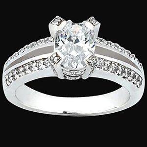 Jewelry - 1.51 carat oval & round diamonds ring white gold
